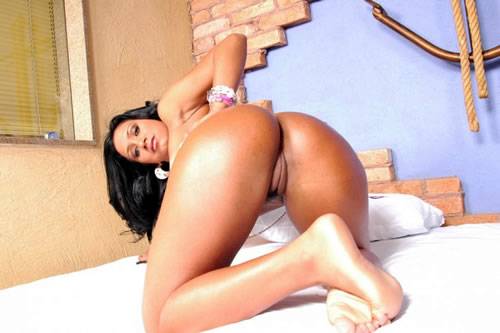 """Phat Booty Brazil"" is a no joke booty adult site with the best apple ..."