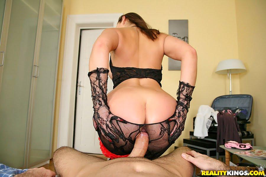 Секс самый большой членом видео порно